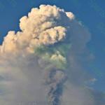 Eruzione cratere S/E  2013 - 08:40 AM